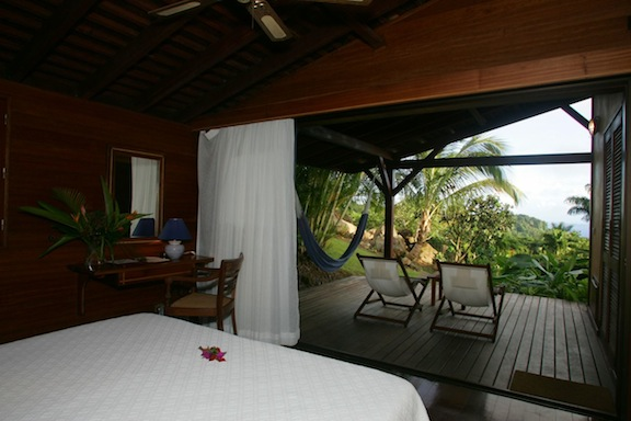 Caribbean room with a view guadeloupe 39 s le jardin malanga for Hotel design guadeloupe
