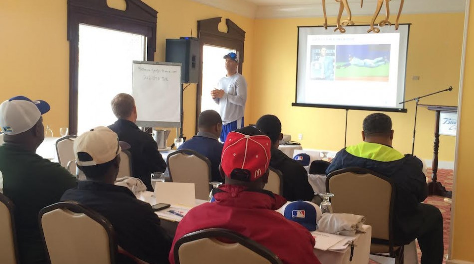 Roberto Alomar instructs coaches in Nassau